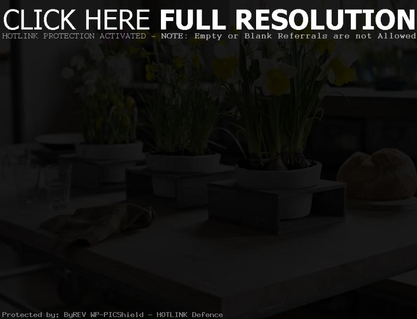 table decorations for spring | House Decorating Ideas